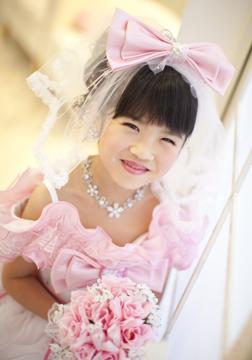 ピンクのドレスが超〜似あってる〜♥