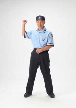 趣味でソフトボールの審判をやっているので、審判の服装も撮りました。
