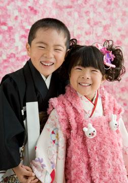 兄妹仲よくいい笑顔。私たちも笑顔になっちゃいました。