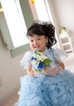 ブルーのドレスがとっても似合ってましたね