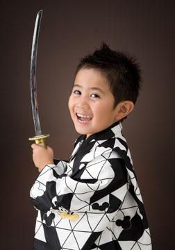 剣を持ったら日本一!の笑顔。赤道龍之介?だ〜い!