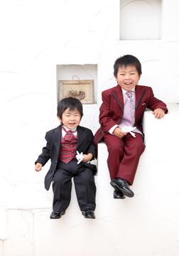 スーツ姿もかっこい〜〜(*^▽^*)