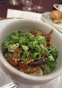 フォアグラに、新潟産コシヒカリに、九条ネギに、、、とにかく美味です!