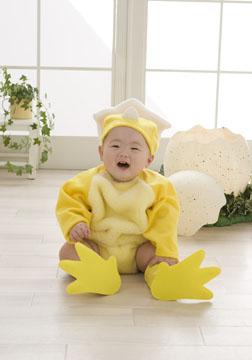 ヒヨコの衣装がとっても似合ってます(^o^)