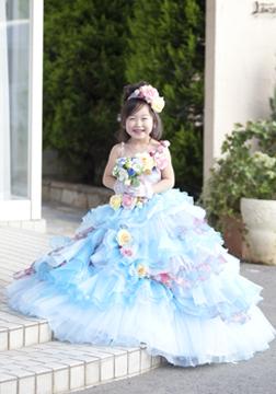 ゴージャスなドレスです♪