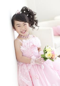大好きなピンクのドレスが似合ってる〜♡