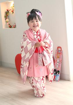 ピンクの着物、とっても似合ってるね☆