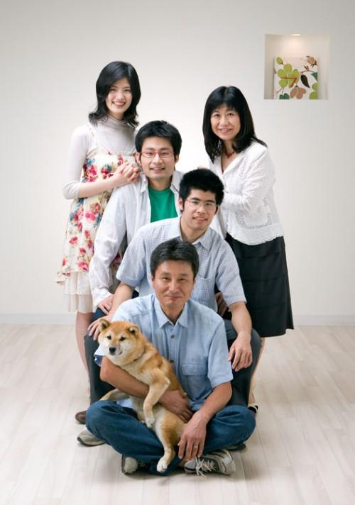 本当に仲のいい家族です。私たちがうれしくなってしまいます。