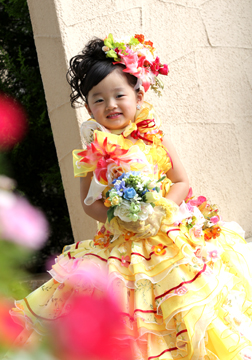 黄色のドレスも超〜カワイイ★